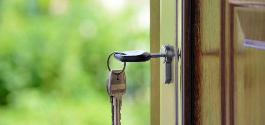Jakie opłaty przy zakupie mieszkania należy uiścić?