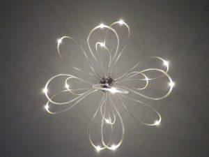 ozdobna lampa led