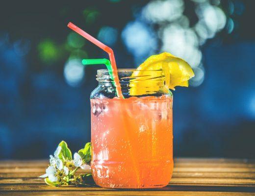 Smak i zdrowie: sprawdź wyciskarki do soków ranking.